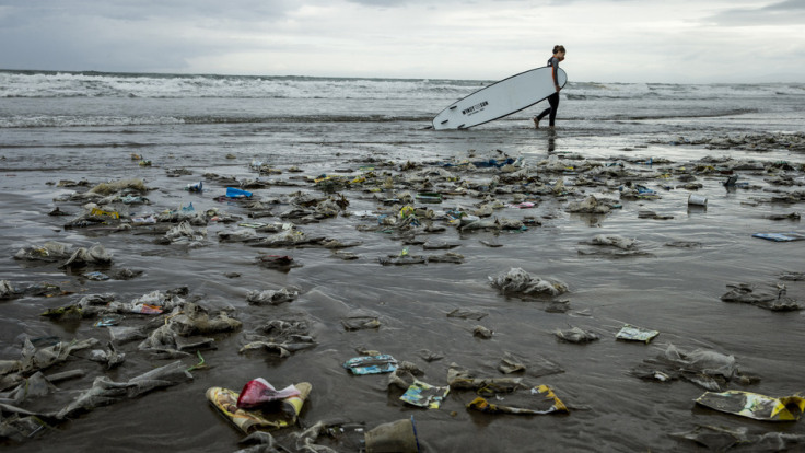 22n January, 2014 Kuta Beach, Kuta, Bali, Indonesia Bali's famous beaches have been swamped by a sea of plastic in the last 4 weeks. Photo Jason Childs Photo Credit-(c)Jason Childs