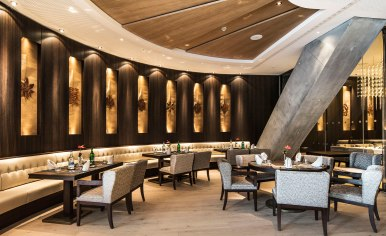For international fare, guests can go the Asian restaurant and bar Matsu, which takes inspiration from Japan's famous taverns.