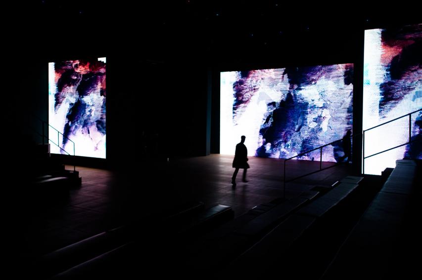 Laurent Segretier digital art for Italian designer Gabriele Colangelo fashion show in Beijing China (2013)