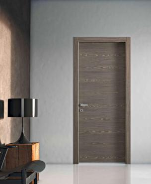 The Materik door Bertolotto is noted for its material surface effects which are reproduced in natural finishes that expose the irregularity of the wood. It's available in various colors (white, vanilla, hazelnut, anise and brown-scratch) and in five lacquer finishes (ivory, silk, sand and quartz powder), treated with a special process to make them more resistant to shock and scratches. And the new TA versatile frame adapts to different wall thicknesses. bertolotto.com