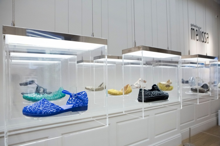 Melissa concept store in Covent Garden, London. Collaboration with Campana.