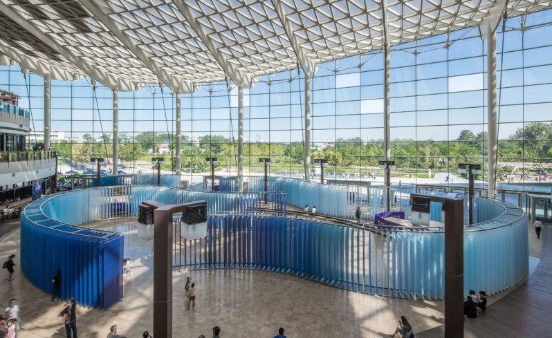 studio-o-symphony-of-blues-installation-view-2015-indigo-mall.-image-courtesy-studio-o-a4-studios-and-bjdw.-photography-cristiano-bianchi.-c-cristiano-bianchi-and-studio-