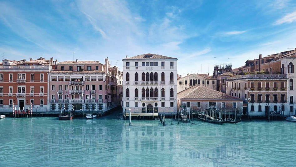 venices-palazzo-garzoni-moro-apartments-live-in-a-fifteenth-century-palace-on-the-grand-canal-09