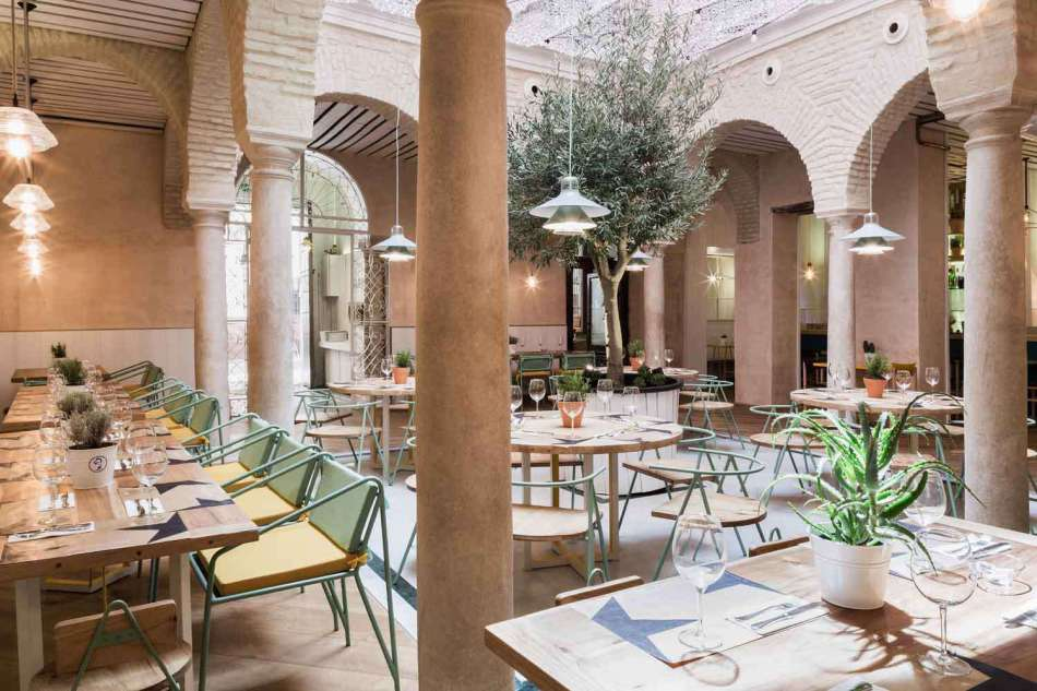 El-Pinton-in-Sevilla-by-Lucas-y-Hernandez-Gil-Architects-Yellowtrace-16
