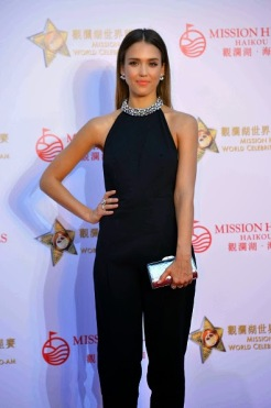 Jessica Alba in Mission Hills with Thale Blanc clutch