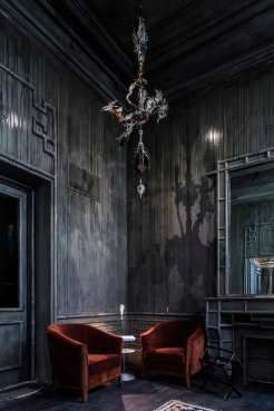 Les-Bains-Returns-as-a-Luxury-Hotel-Inside-a-Nightclub-Guillaume-Grasset-Yellowtrace-08