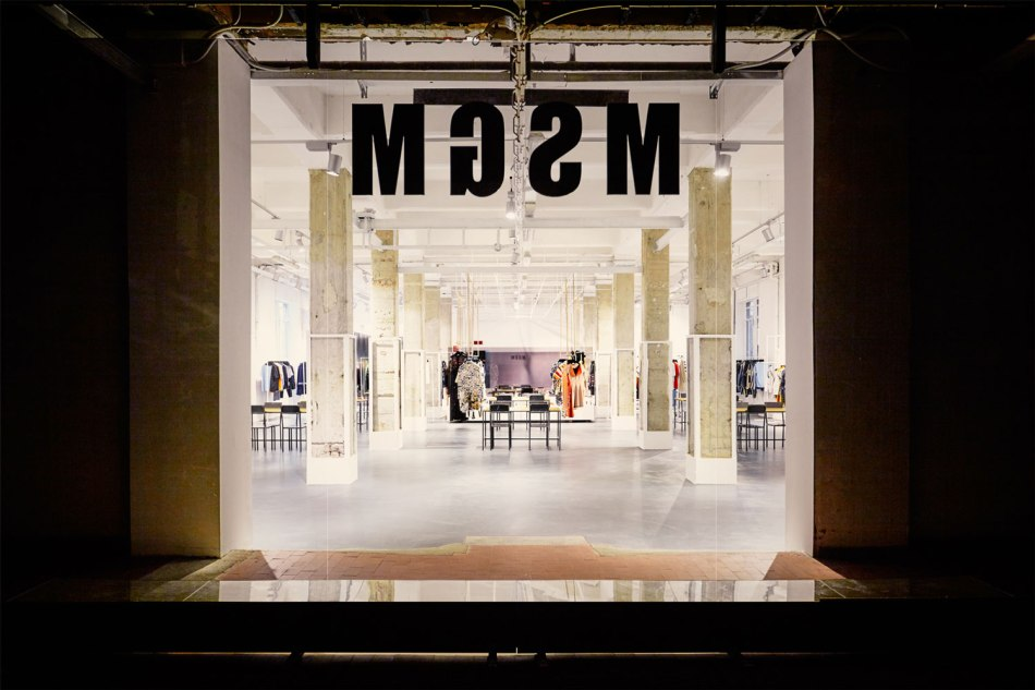 MSGM-Showroom-by-Fabio-Ferrillo-Off-Arch-Yellowtrace-05