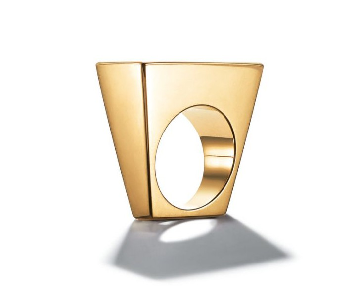 Tiffany & Co. 18K rectangle ring, 4,000, from 1971 available at Dover Street