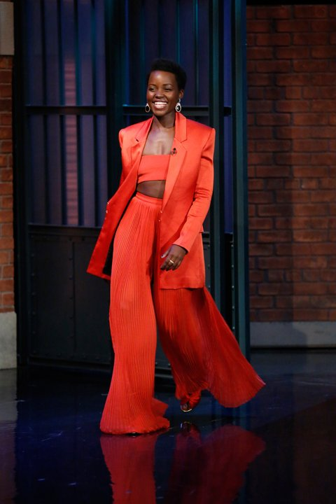 Lupita Nyong'o in Balmain SS16 on the Late Night With Seth Meyers talk show. (photo: courtesy)