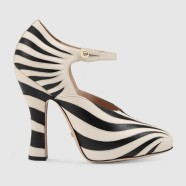 Décolleté maryjane in Zebra by Gucci € 795