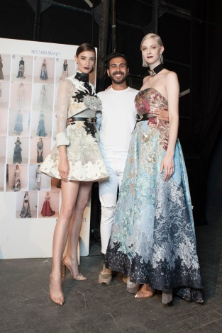 Hussein Bazaza with models at Alta Roma 2016 (ph. Luca Latrofa/Salvatore Dragone/Luca Sorrentino)