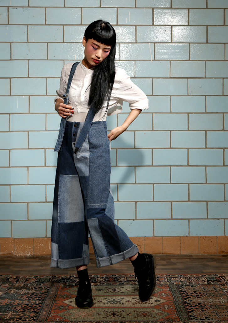 navy_trousers_blue_notjustalabel_1287951359
