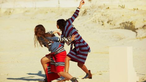 new_capsule_collection_by_stella_jean_benetton_2016_11