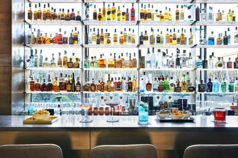 Bar at Hotel Viu Milano