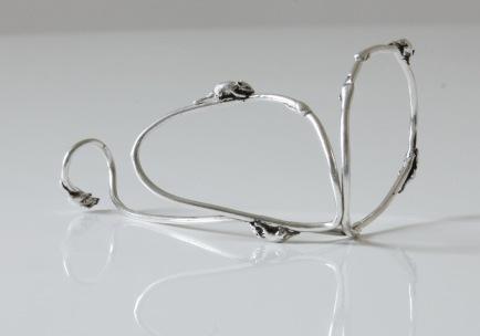 """Mice run over the Vanesi """"Graft"""" bracelet in silver"""