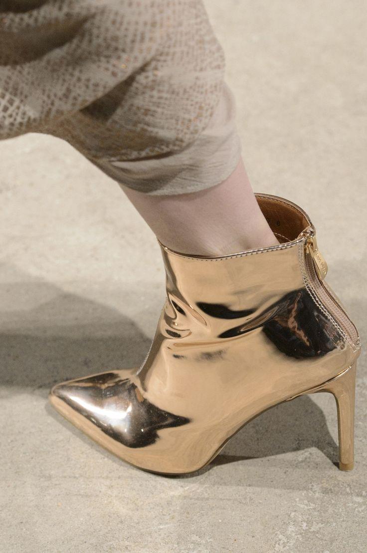 f2107bbc981cec4b6dea2e3c1ba8767a--fly-shoes-luxury-shoes