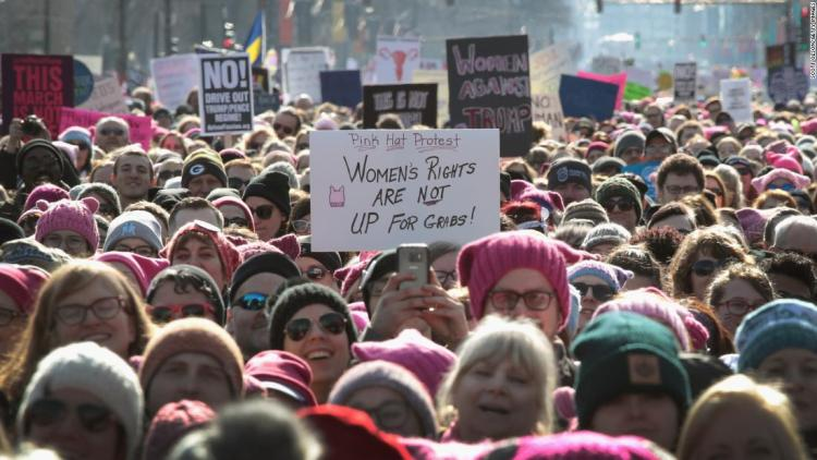 180120184357-02-womens-march-chicago-signs-update-super-169