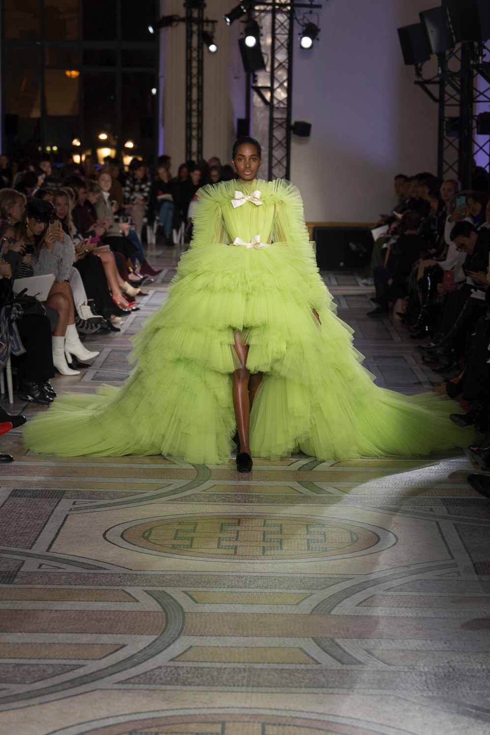 I was blown away by the sweeping organza ball gown worn by Tami Williams!
