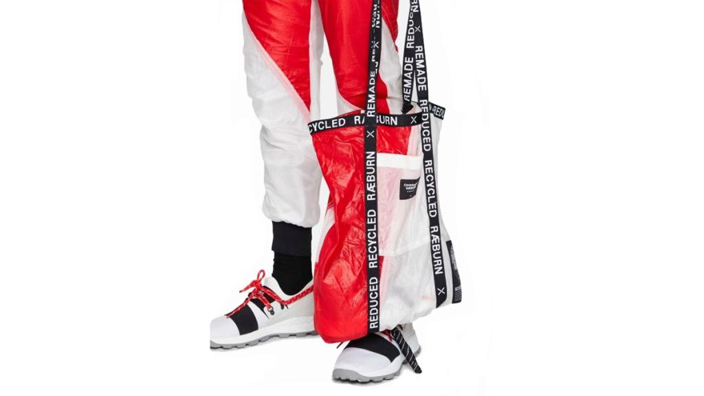 The Best Recycled Streetwear Lifestyle Bag: Raeburn Recycled Parachute Fabric Tote, $120 (photo: Raeburn)