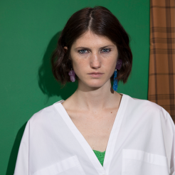 Beauty backstage: Christian Wijnants 'Precision Eye Allure' for SS19.