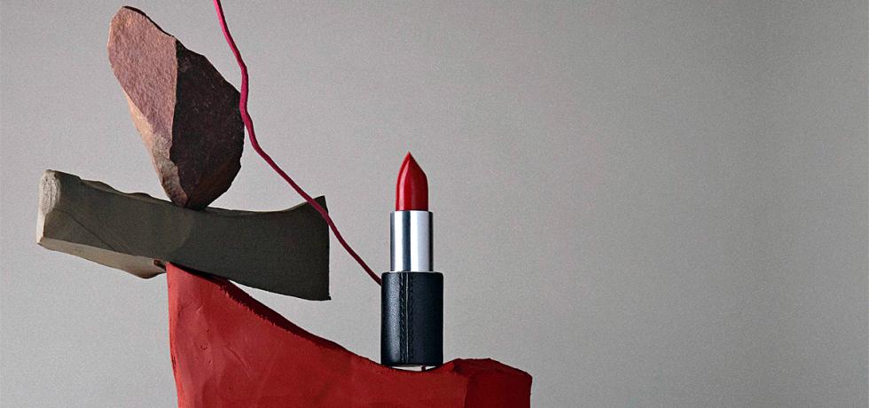 Le Bouche Rouge refillable lipstick case by Stella McCartney (photo: Le Bouche Rouge)