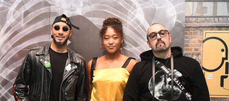 TOKYO, JAPAN – OCTOBER 10: (L-R) Producer Swizz Beatz, tennis player Naomi Osaka and artist Shok-1 attend Swizz Beatz presents Bally x Shok-1 on October 10, 2018 in Tokyo, Japan. (Photo by Christopher Jue/Getty Images for Bally)